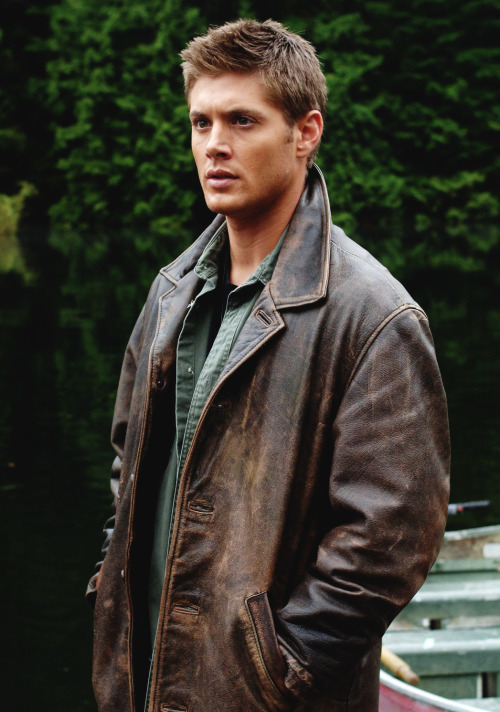 Supernatural-Distressed-Leather-Jacket-3